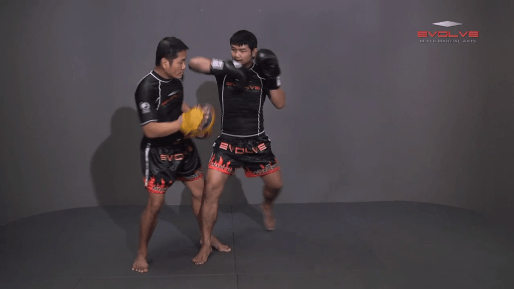 Attachai Fairtex: Parry To Elbow