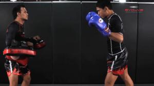 Chalee Sor Chaitamin: Right Kick, Catch Kick, Right High Kick