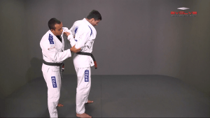 Defense Against Single Hand Lapel Grip