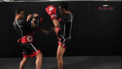 Dejdamrong Sor Amnuaysirichoke: Counter To Left Kick, Left Hand Push, Right Jump Kick