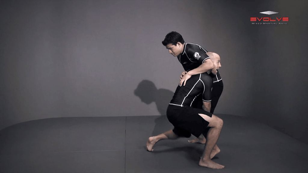 Double Leg To Chain Finish
