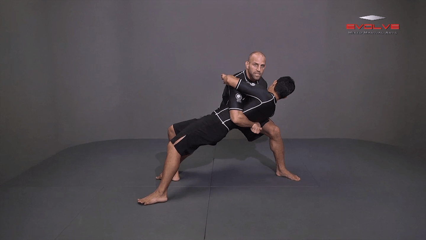 Double Underhook To Knee Tap Finish