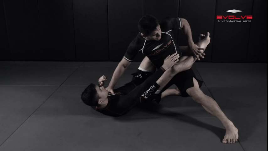 Guard Pass Setup To Elbow Strike