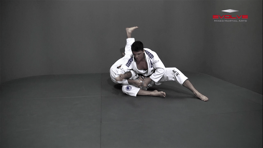 Leg Hook Spin Sweep (Star Sweep)