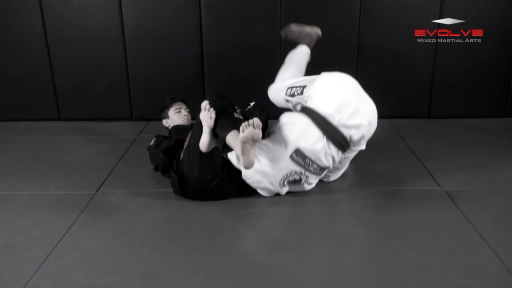 Omoplata Escape