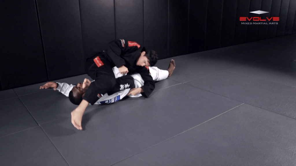 Omoplata Escape Variation