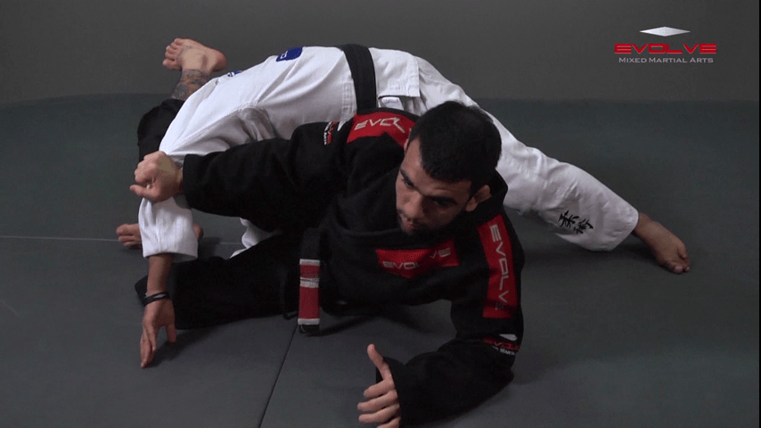 Recover The Guard From Double Underhooks Pass
