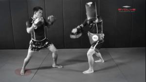 Saenghirun Lookbanyai: Slide Back, Right High Kick, Lean Back, Left High Kick