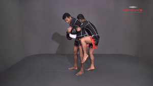 Saknarong Sityodtong: Block Clinch, Duck Behind, Knee