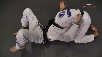 Samurai Choke From Knee On Stomach Position