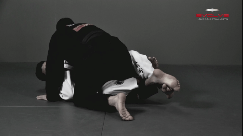 Scorpion Defense Compression Lock From Top Half Guard
