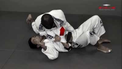 Trapping The Arm Using Lapel To Paper Cut Choke