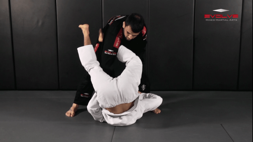 Upside Guard Sweep