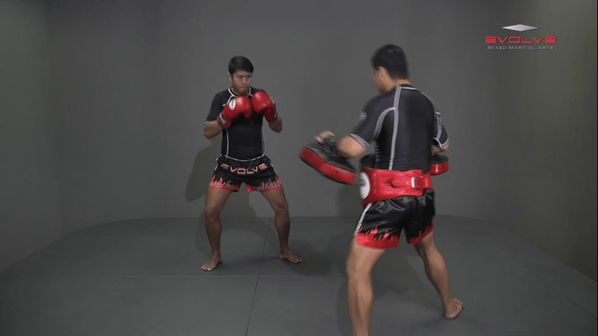 Yodbuangarm Lookbanyai: Jab, Left Up Elbow, Left Elbow, Right Elbow