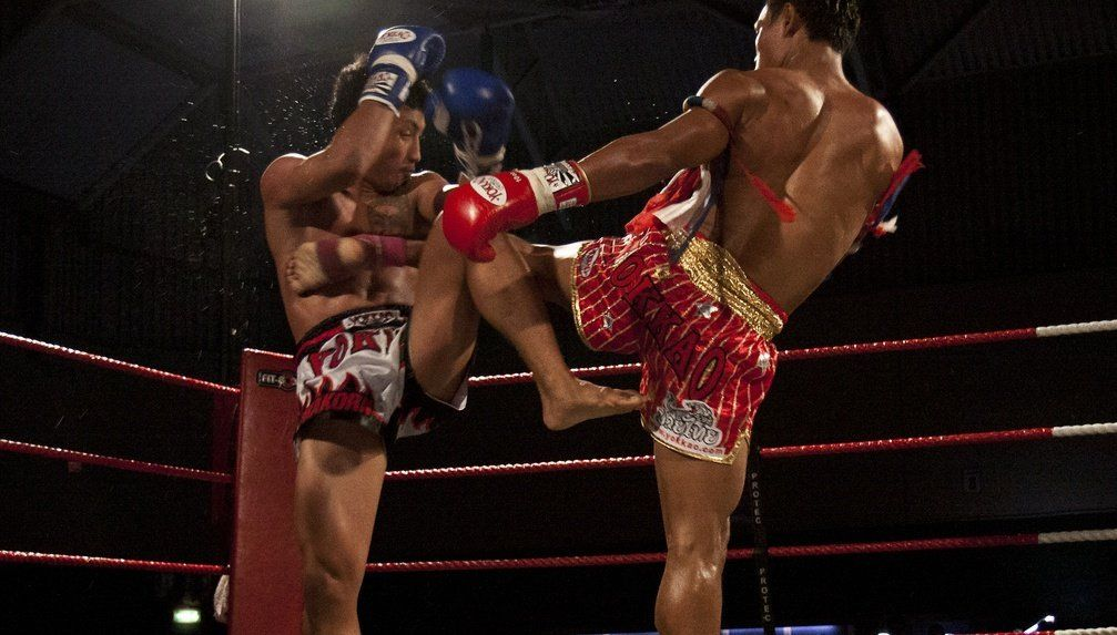 3 Awesome Sweeps from Muay Thai Legend Saenchai