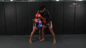 Clinch Boxing - Shoulder Push To Body Shot