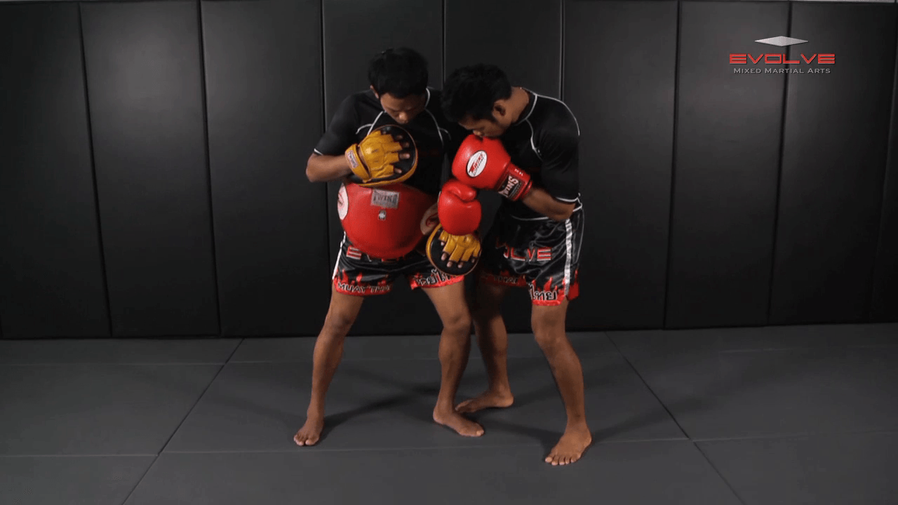 Clinch Boxing – Side Step, Body, Head