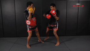 Clinch Boxing - Flurry To Body, Side Step