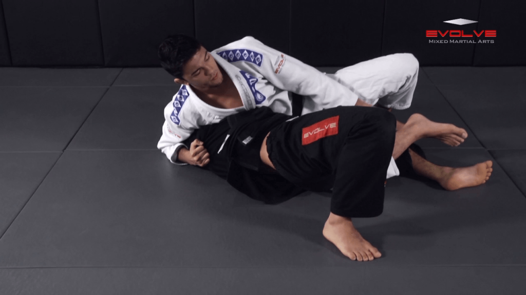 Side Control To Mount Transition