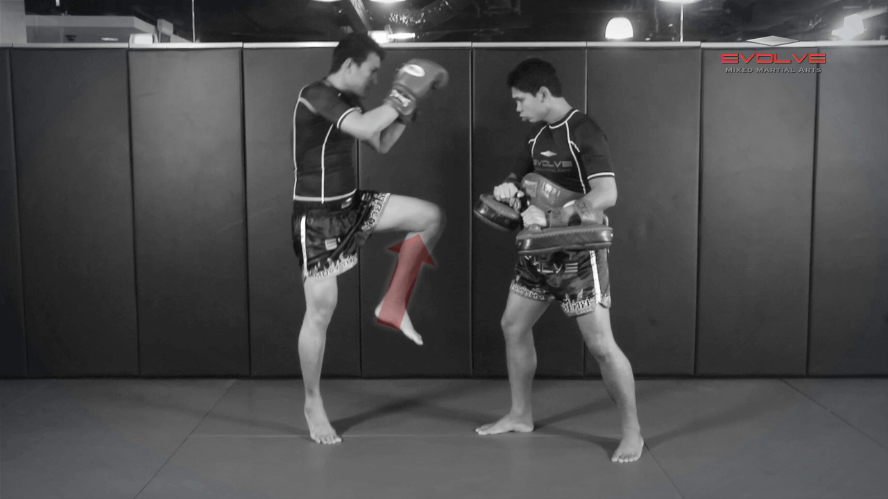 Fight Breakdown: Namsaknoi Yudthagarngamtorn vs. Diego Calzolari
