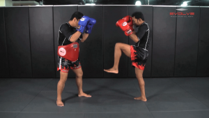 Dejdamrong Sor Amnuaysirichok: Fake, Right Up Elbow, Right High Kick