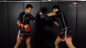 Fight Breakdown: Sakpetch Kiatpatphan vs. Morakod Komsamai