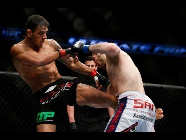 UFC Champion Rafael Dos Anjos' Cage Clinch Knee Strike