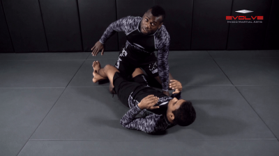 Knee Lock From Top Half Guard