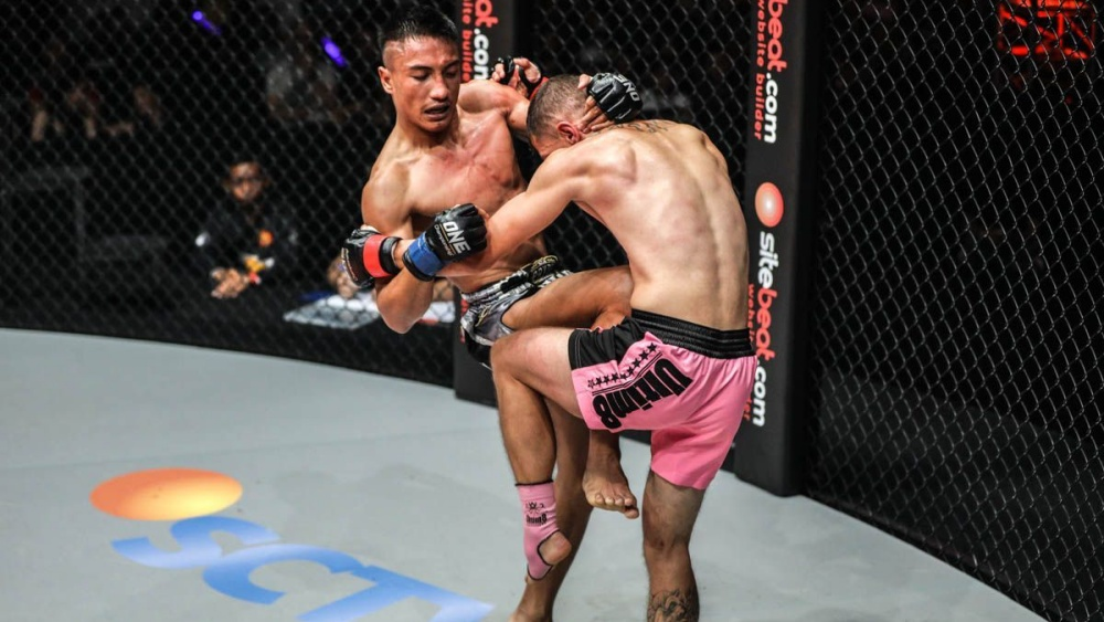 The Ultimate Guide To The Muay Thai Clinch