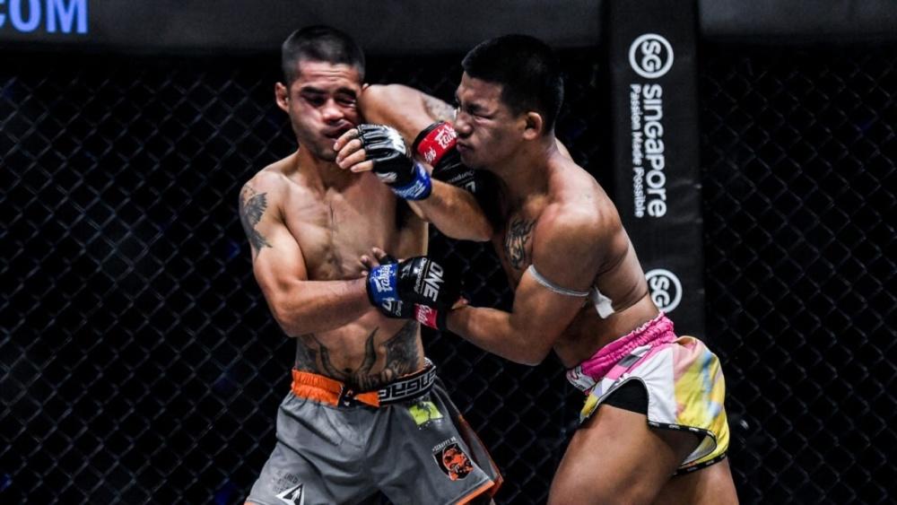 muay thai temple elbow