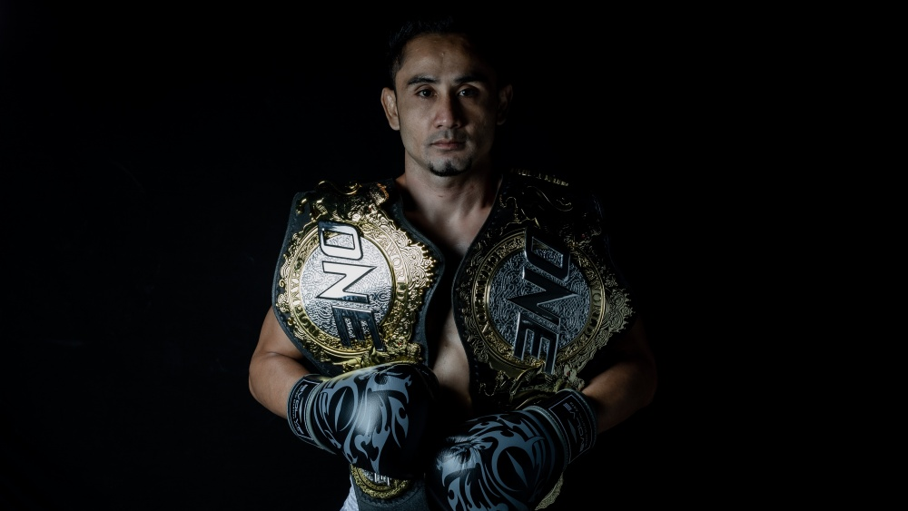 The 3 Main Weapons That Turned Sam-A Gaiyanghadao Into A Muay Thai Legend